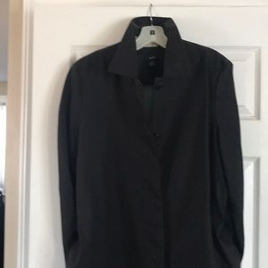 Black not lined water resistant trench coat GAP